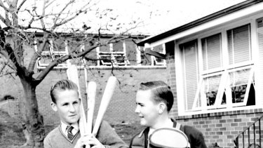 Schoolboys off to play baseball in 1959.