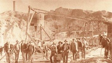 The gold rush in full swing at the Black Hill Mine in Ballarat.