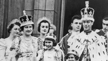 The royal family on the balcony at Buckingham Palace in 1937. The Queen Mother, formerly Elizabeth Bowes-Lyon, is second from the left.