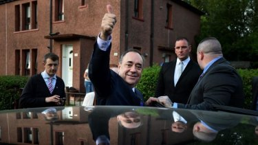 Scotland's First Minister Alex Salmond said he would not pursue a second referendum if the yes campaign loses.