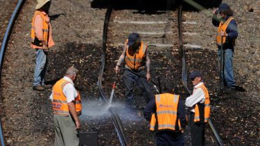 Flashback to 2009, when Connex workers used water to cool buckled tracks at Jolimont.