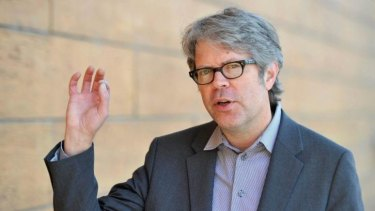 Jonathan Franzen is a believer in boots-on-the ground journalism.