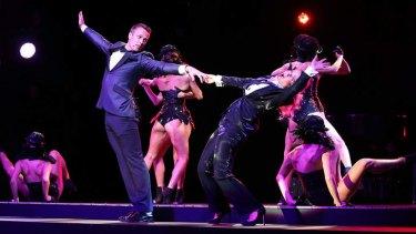 Co-hosts Matt Shirvington and Shaynna Blaze perform.