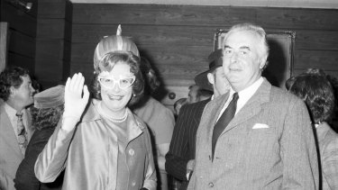 Humphries went to the UK in 1959 but kept strong links to his land of birth, bringing most of his Dame Edna shows to Australia in the 1970s.