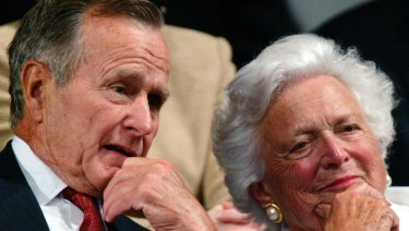 Former President George H.W. Bush and former first lady Barbara Bush in 2004.