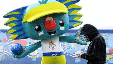 Tens of thousands items from the Commonwealth Games have gone under the digital hammer.
