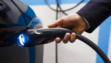 Financial incentives to reduce purchase costs are the best way to encourage electric vehicle uptake, an official report has found.
