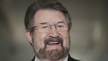 Independent senator Derryn Hinch will support the federal government's income tax cuts.