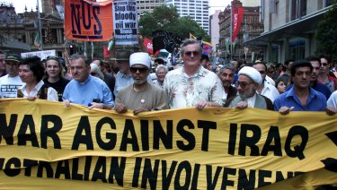Sydneysiders protest against Australian involvement in Iraq.