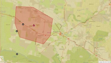 There is a bushfire at 17km west of Dartmoor that is burning out of control.