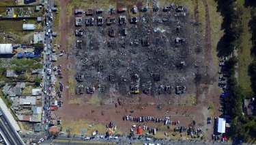 A fireworks market lays in ruins one day after an explosion at the San Pablito Market in Tultepec in December 2016.