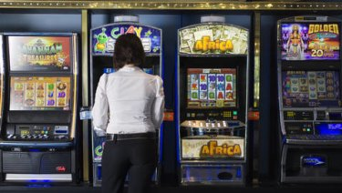 The push for $1 pokies bet limits has been revived ahead of the Victorian election.