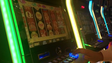 Crown has permission from the Victorian government to dramatically speed up spin rates on 1000 of its pokies.