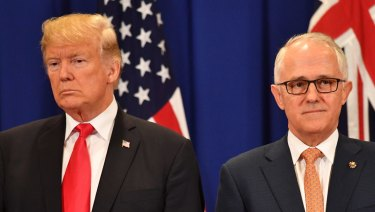 Advocates are calling for Donald Trump and Malcolm Turnbull to resolve the cases of hundreds of refugees on Manus Island and Nauru.