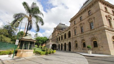 Queensland Parliament has introduced new family-friendly hours.