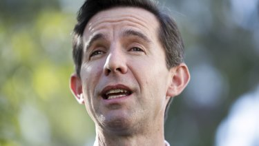 Education Minister Simon Birmingham expects students to enter the workforce and pay down debt between degrees.