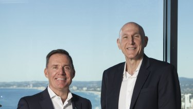 Simon McGrath, COO AccorHotels Pacific (left) and Michael Issenberg, Chairman and CEO AccorHotels Asia Pacific celebrate the acquisition of the Mantra Group