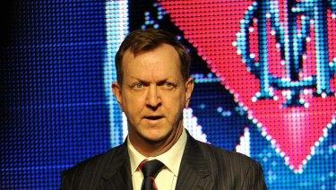Melbourne president Glen Bartlett speaks at the pre-match lunch.