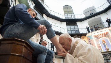 Pope Francis visited a prison on Holy Thursday to wash the feet of some inmates, stressed in a pre-Easter ritual that a pope must serve society's marginalised and give them hope.