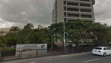 Works are starting to demolish the nine storey Landcentre building at Woolloongabba for Cross River Rail.