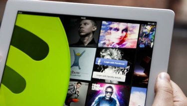 It looks like the stars are finally lining up for a stock market debut of Spotify.