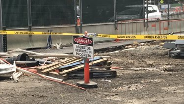 Asbestos has been unearthed at the Metro rail tunnel construction site on St Kilda Road.