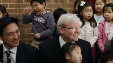 Kevin Rudd visits Korean - English lessons at the Ryde Uniting Church in Sydney in 2013.