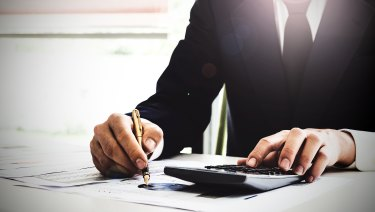 There are many things to consider when picking a financial planner.
