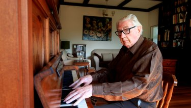Jazz Pianist Dick Hughes.