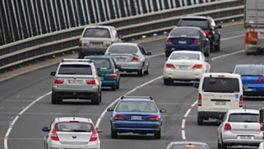 Traffic on The West Gate Bridge.
