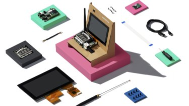 Google's Android Things starter kit lets developers get started with real hardware before transferring to mass manufacturing.
