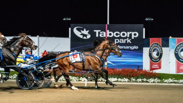 The best: Lennytheshark (on the outside) wins his Miracle Mile.