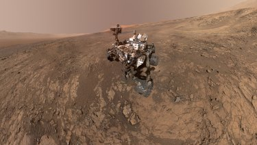 This self-portrait of NASA's Curiosity Mars rover shows the vehicle on Vera Rubin Ridge, Mars.