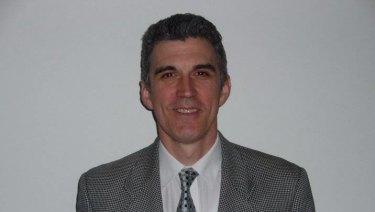 Dr Ivan Stratov