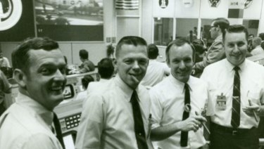 Gerry Griffin with part of the team in Mission Control.