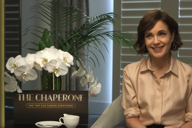 Actress Elizabeth McGovern chats to 9Honey Celebrity about her passion for making 'The Chaperone'