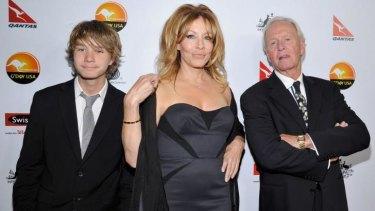 Linda Kozlowski opens up about divorce from Paul Hogan