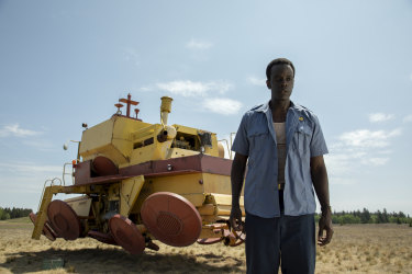 Ato Essandoh in <i>Tales from the Loop</i>.