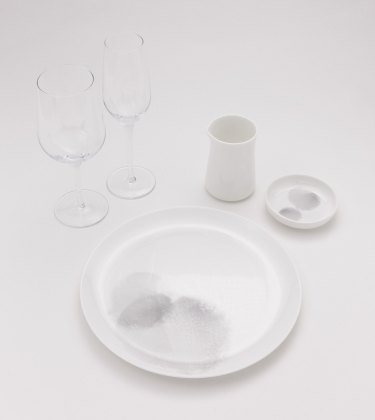 Caon reduced the weight of in-flight tableware by 20 per cent as part of his design work for Qantas's 787-9 Dreamliner.