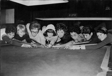 NSW Womens Snooker Titles at the Trade Union Club Surry Hills. Pat Dixon, Elizabeth Jenkins, Gail Squire, Llynda Nairn, Irene Sheargold, (unidentified), Colleen Cooper and Chris Richey. September 11, 1974.
