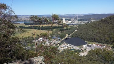 The McPhillamys gold mine will rely on water pumped 90 kilometres from coal mines and a power station, Mt Piper, in the Lithgow area.