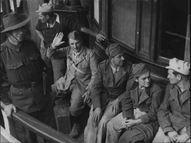 """""""These are some of a big batch of Italian prisoners captured in North Africa and landed in Sydney today. May 26, 1941"""""""