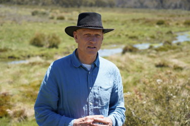 Peter Garrett visits Kosciuszko National Park with theInvasive Species Council to see damage from feral horses.