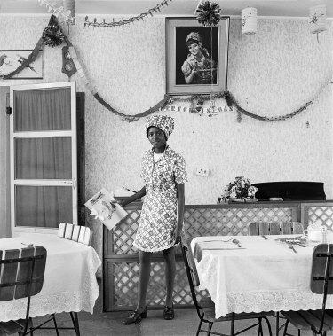 Waitress, Bezuidenhout Park.