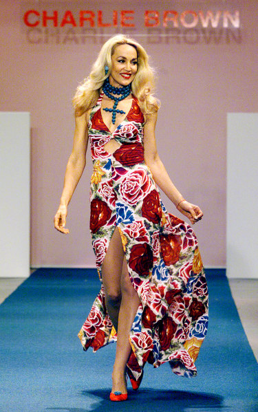 Jerry Hall walks the catwalk for Charlie Brown at Australian Fashion Week in 2000.