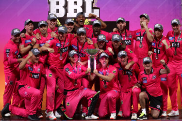 Cricket Australia's plans for the BBL draft is affecting the ability of clubs to sign players.