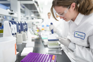A scientist working on Alzheimer's research at drugmaker Biogen's headquarters in Cambridge, Massachusetts. Biogen is one of the companies behind the drug aducanumab.
