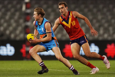 Luke Edwards (right), playing for South Australia at last year's U18 championships.