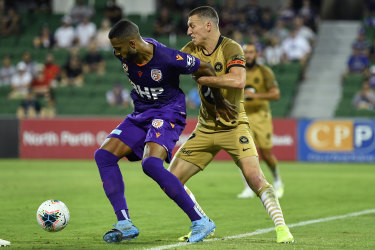Perth Glory were too strong for the Wanderers.