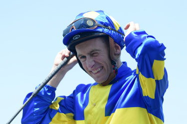 Beautiful thing: Blake Shinn returns to scale on Dawn Passage.